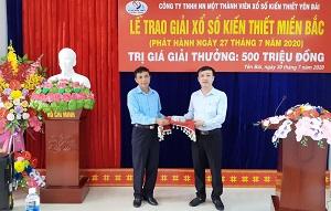 Lễ trao thưởng giải Đặc biệt XSKT miền Bắc trị giá 500 triệu đồng tại công ty XSKT Yên Bái